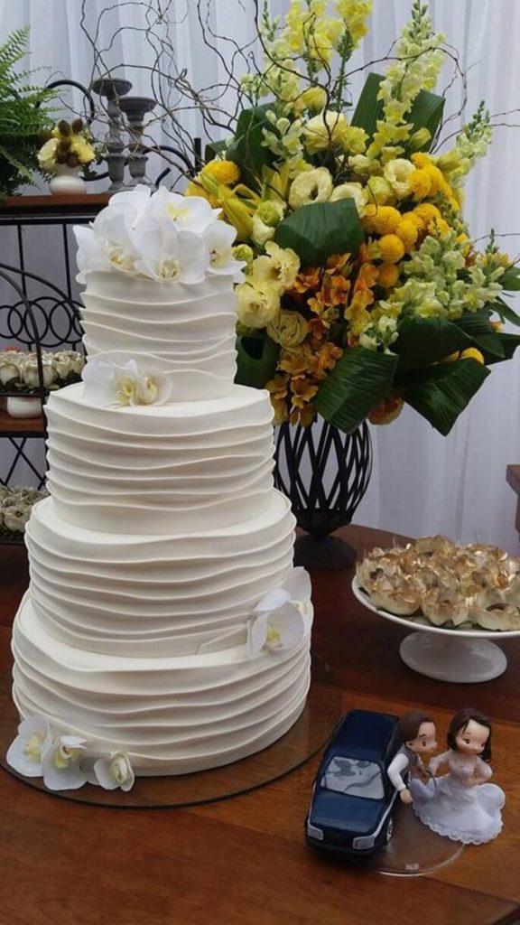Bolo de Casamento clássico Branco