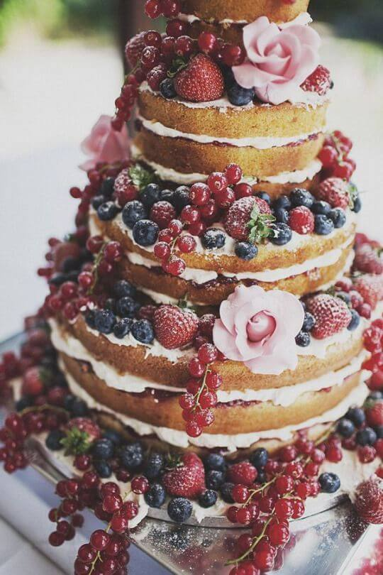 Bolo de Casamento Naked com Frutas